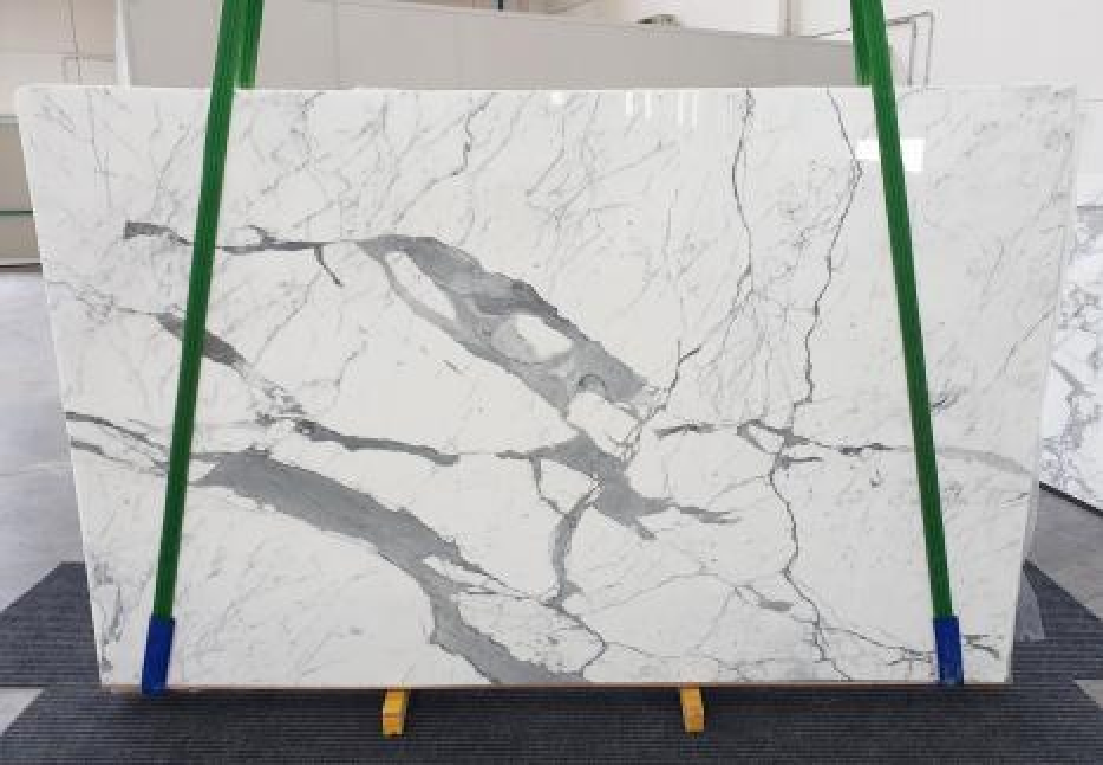 STATUARIO EXTRA Suministro Veneto (Italia) de planchas pulidas en mármol natural 1249 , Slab #32