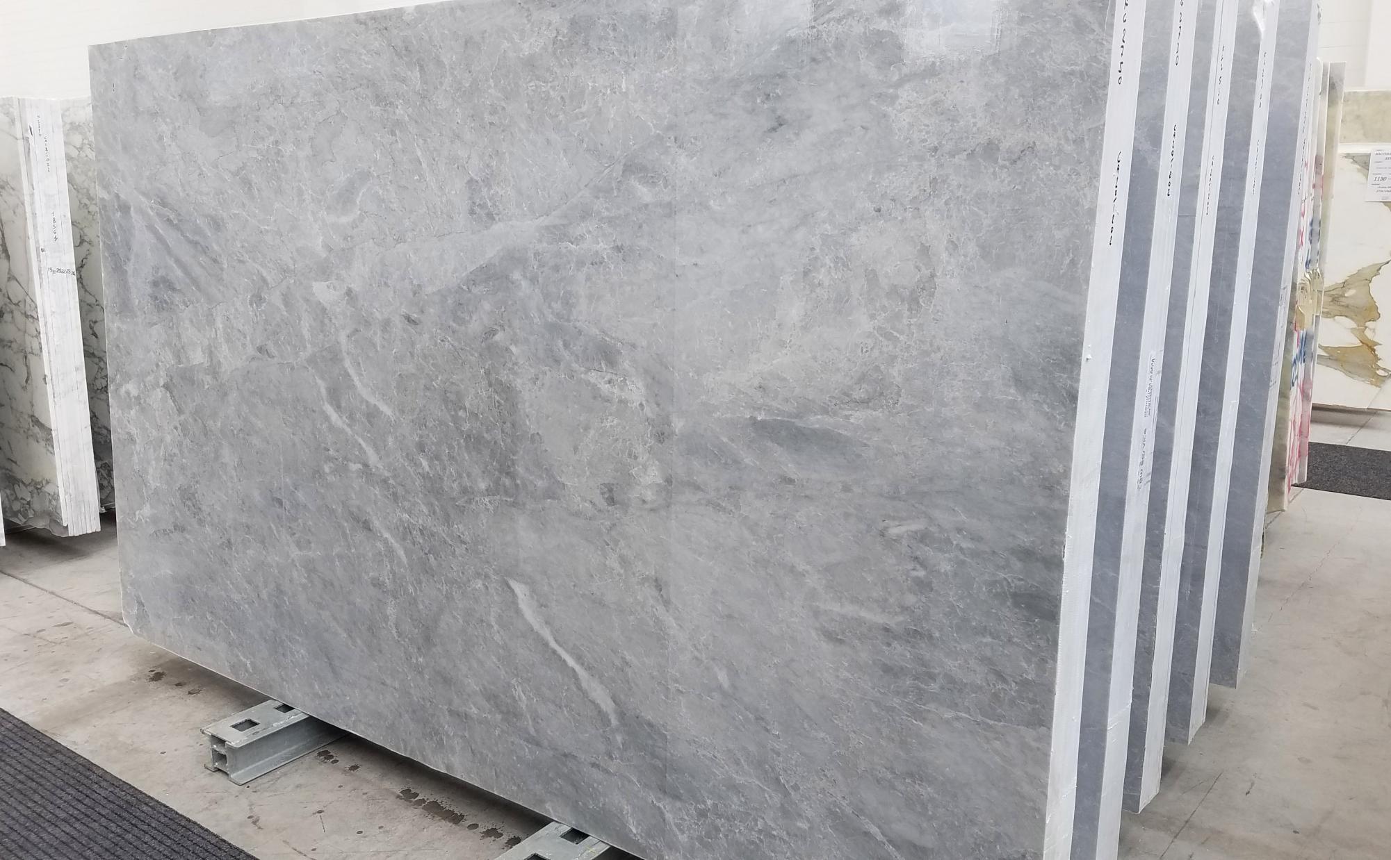 TRAMBISERA Suministro Veneto (Italia) de planchas pulidas en mármol natural 1202 , Slab 08