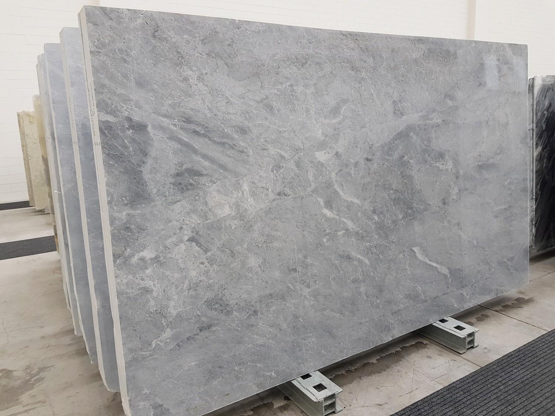 TRAMBISERA Suministro Veneto (Italia) de planchas pulidas en mármol natural 1202 , Slab #55