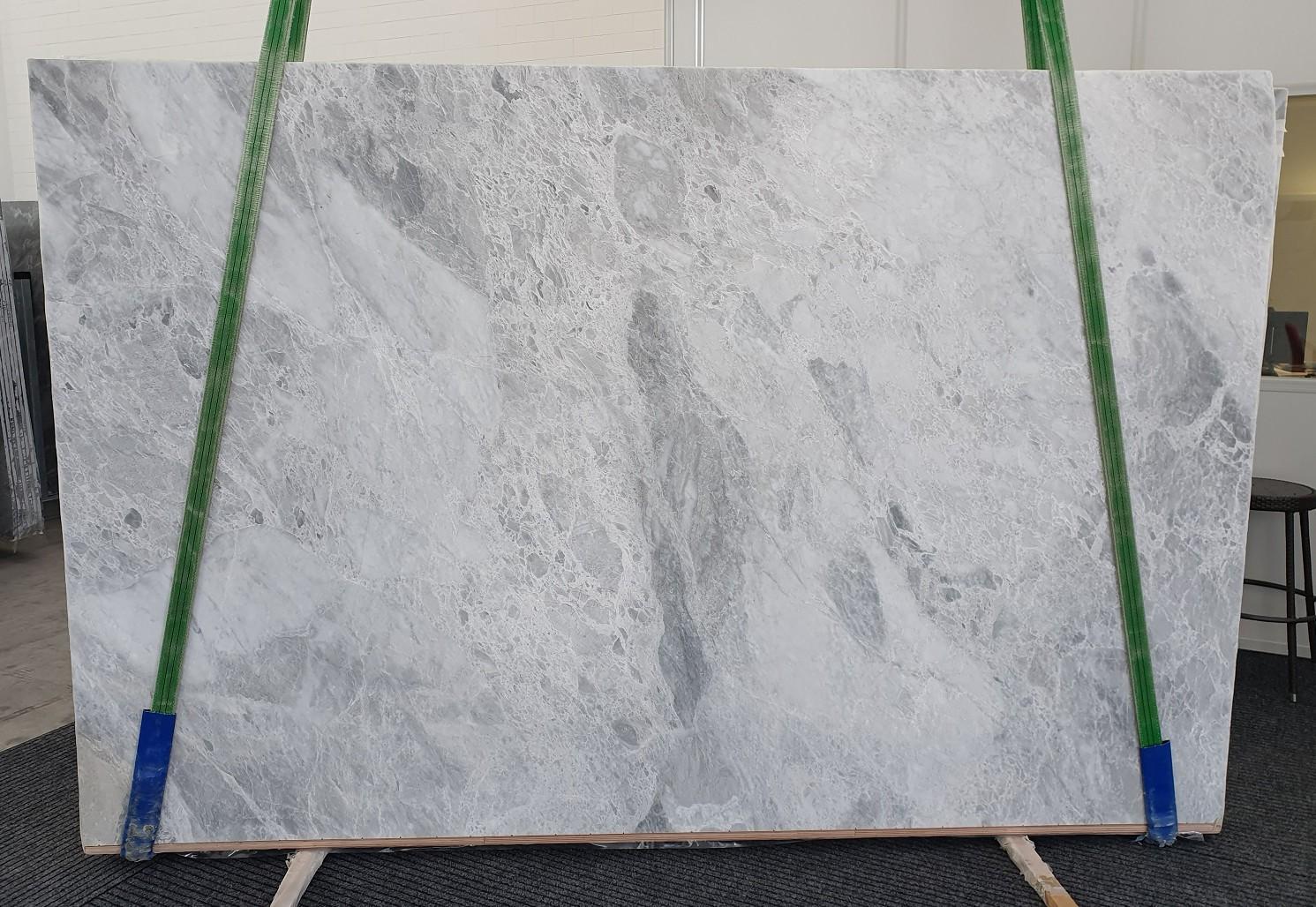 TRAMBISERA Suministro Veneto (Italia) de planchas pulidas en mármol natural 12931 , Bnd01-Slb08
