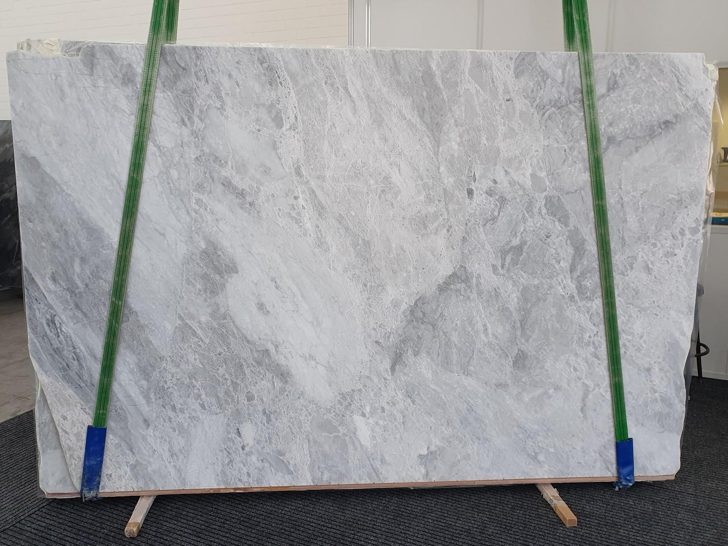 TRAMBISERA Suministro Veneto (Italia) de planchas pulidas en mármol natural 12931 , Bnd04-Slb31