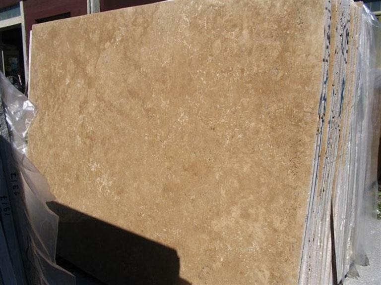TRAVERTINO NOCE Suministro (Italia) de planchas pulidas en travertino natural EDM25107