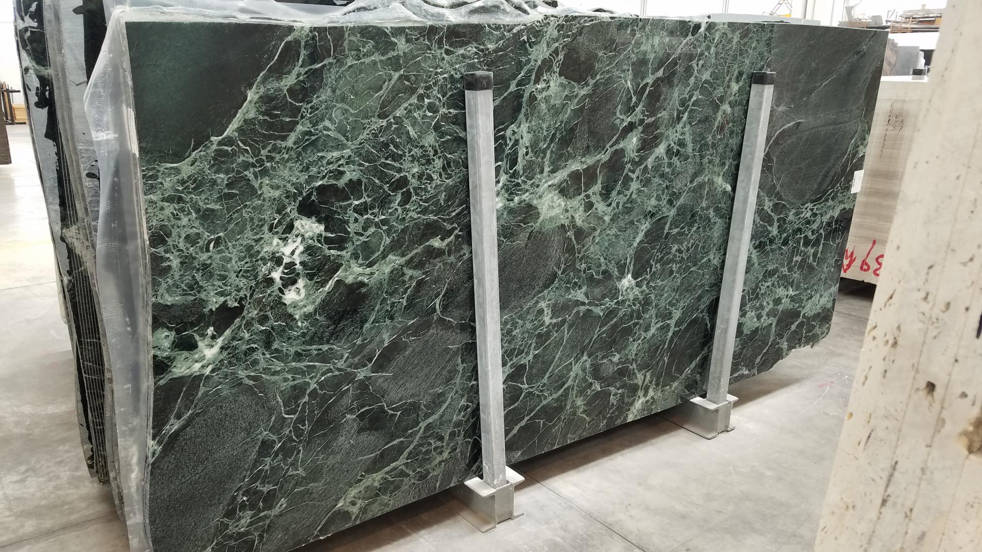 VERDE ALPI Suministro Veneto (Italia) de planchas pulidas en mármol natural 1566M , SL2CM
