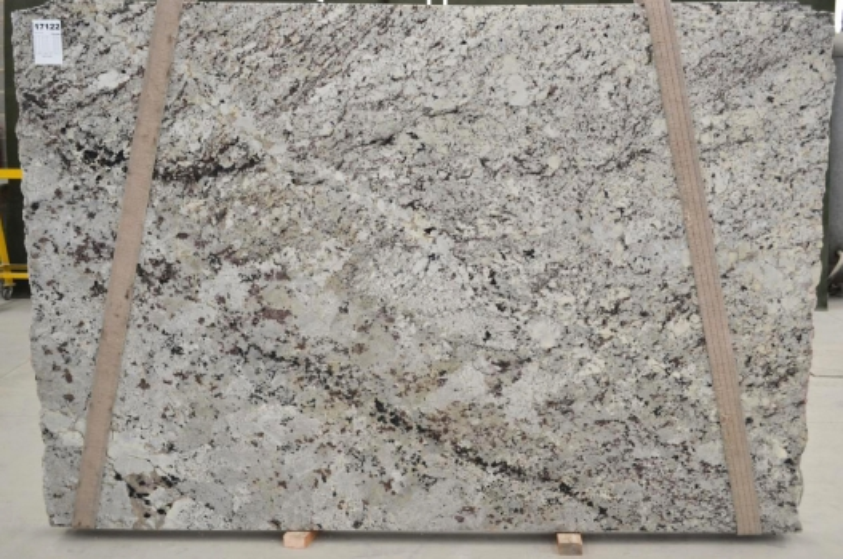 WHITE WAVE Suministro Victoria (Brasil) de planchas pulidas en granito natural BQ01435 , Bnd 17122