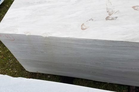 PALISSANDRO CLASSICO VENATO 1 bloque Dolomita italiana a corte con diamante Face  B,  318 x 132 x 163 cm piedra natural (disponible en Veneto, Italia)