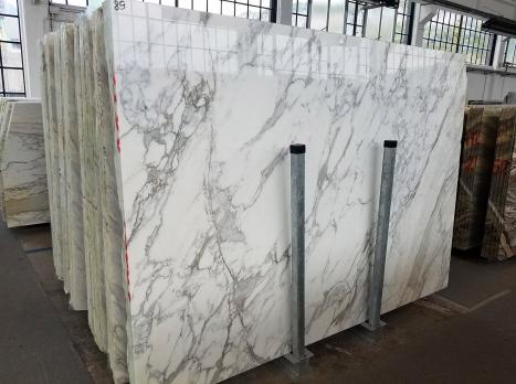 CALACATTA 46 planchas mármol italiano pulido SL2,  294 x 200 x 2 cm piedra natural (disponibles en Veneto, Italia)