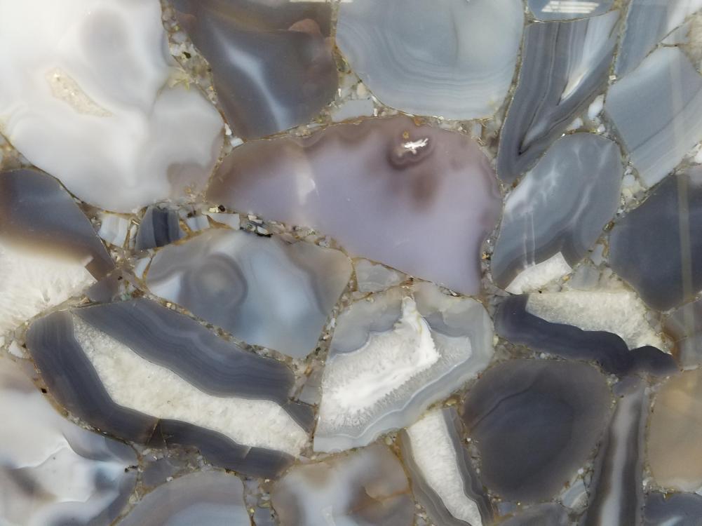 Detallo técnico: AGATA WILD, piedra semi preciosa natural pulida brasileña