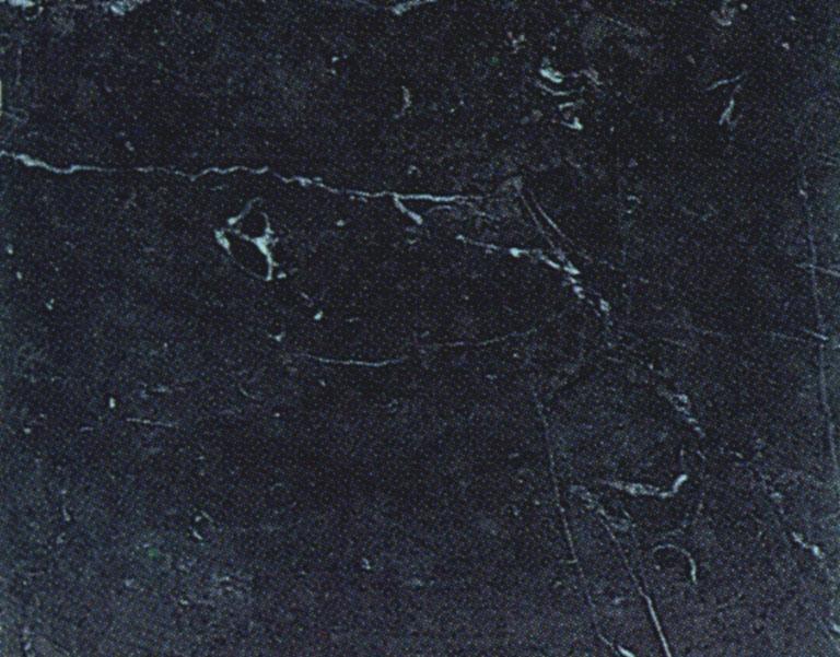 Detallo técnico: NERO MARQUINA, mármol natural cepillado español
