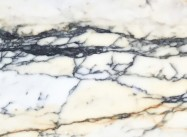 Detallo técnico: PAONAZZO, mármol natural mate italiano